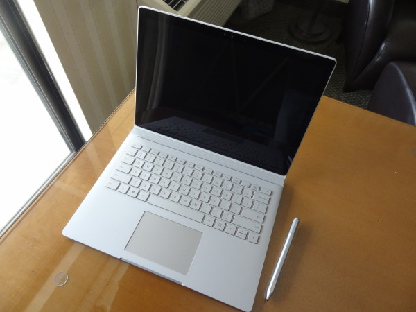 SurfaceBook03